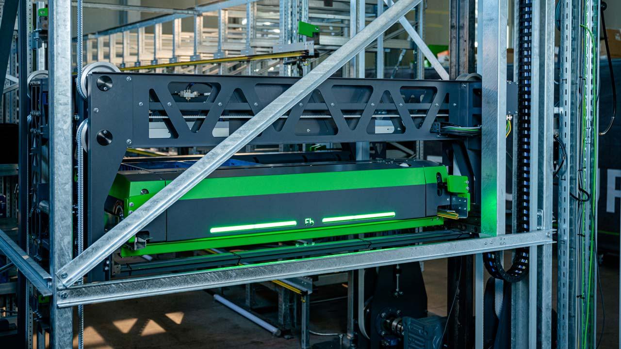 fb-industry-automation-intralogistik-shuttles-compact-shuttle-vertikalumsetzer